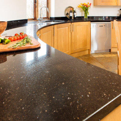 Tips For Choosing The Best Kitchen Worktops