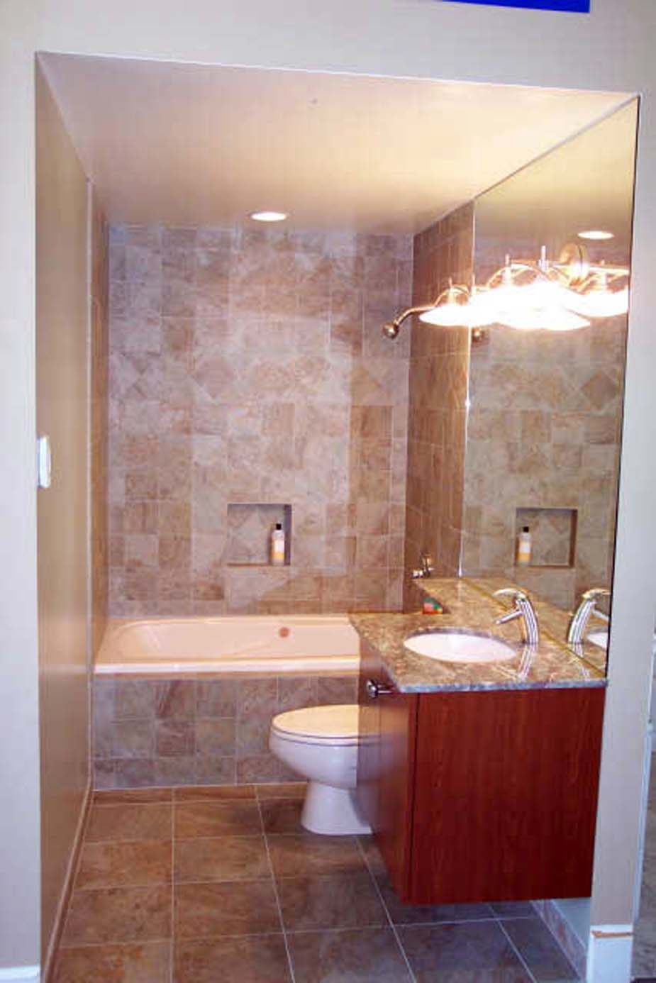 Determine a suitable small bathroom ideas actual home for Small bathroom design ideas with tub