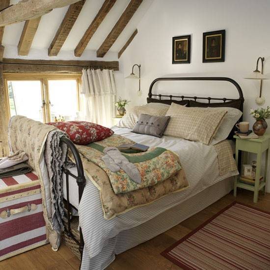 Small Country Bedroom Ideas