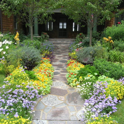 Front Flower Bed Designs