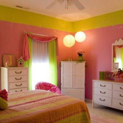 Pink and Green Bedroom design Ideas