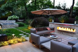 beautiful modern landscaping