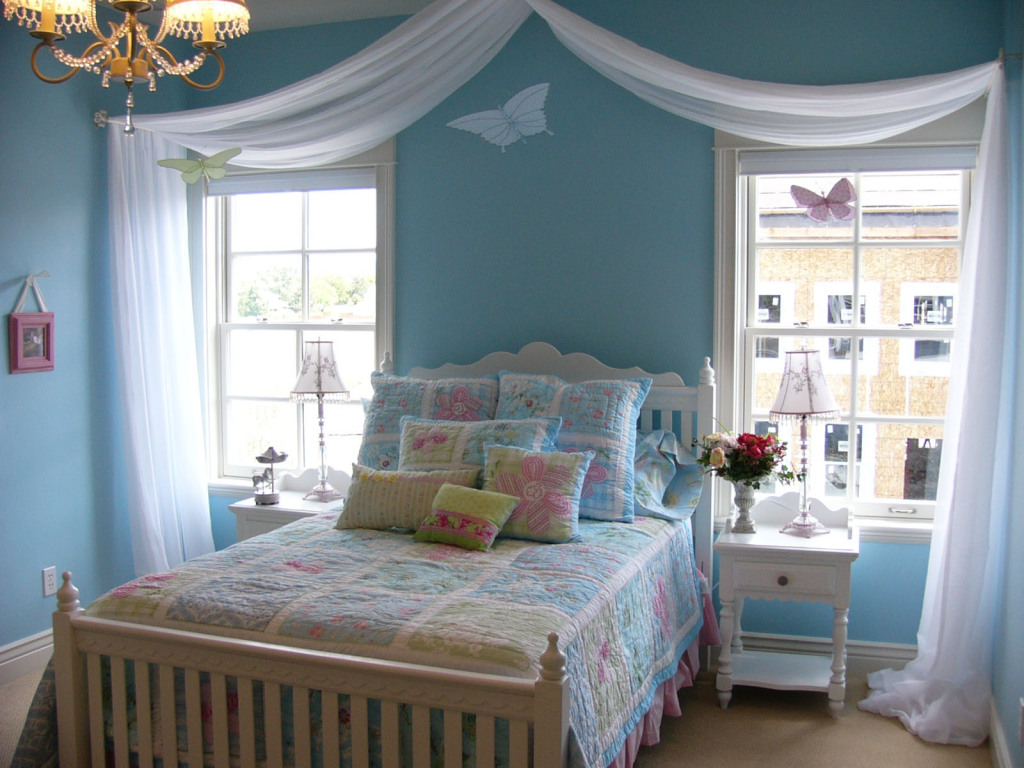 blue room decor ideas