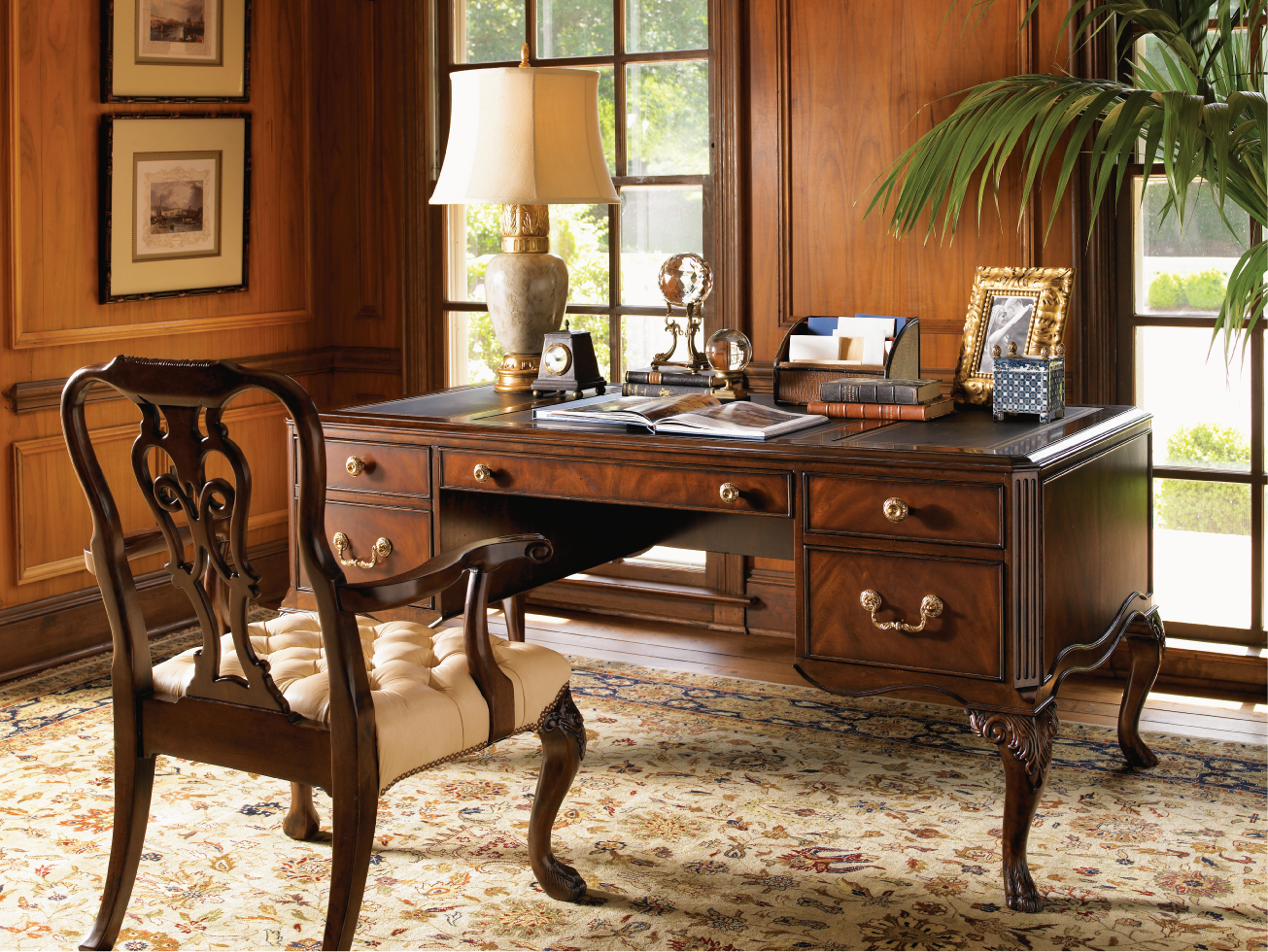Executive home office ideas for your working comfort for Floor decoration ideas office
