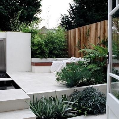 small contemporary gardens