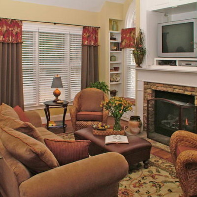 classic traditional living room decor