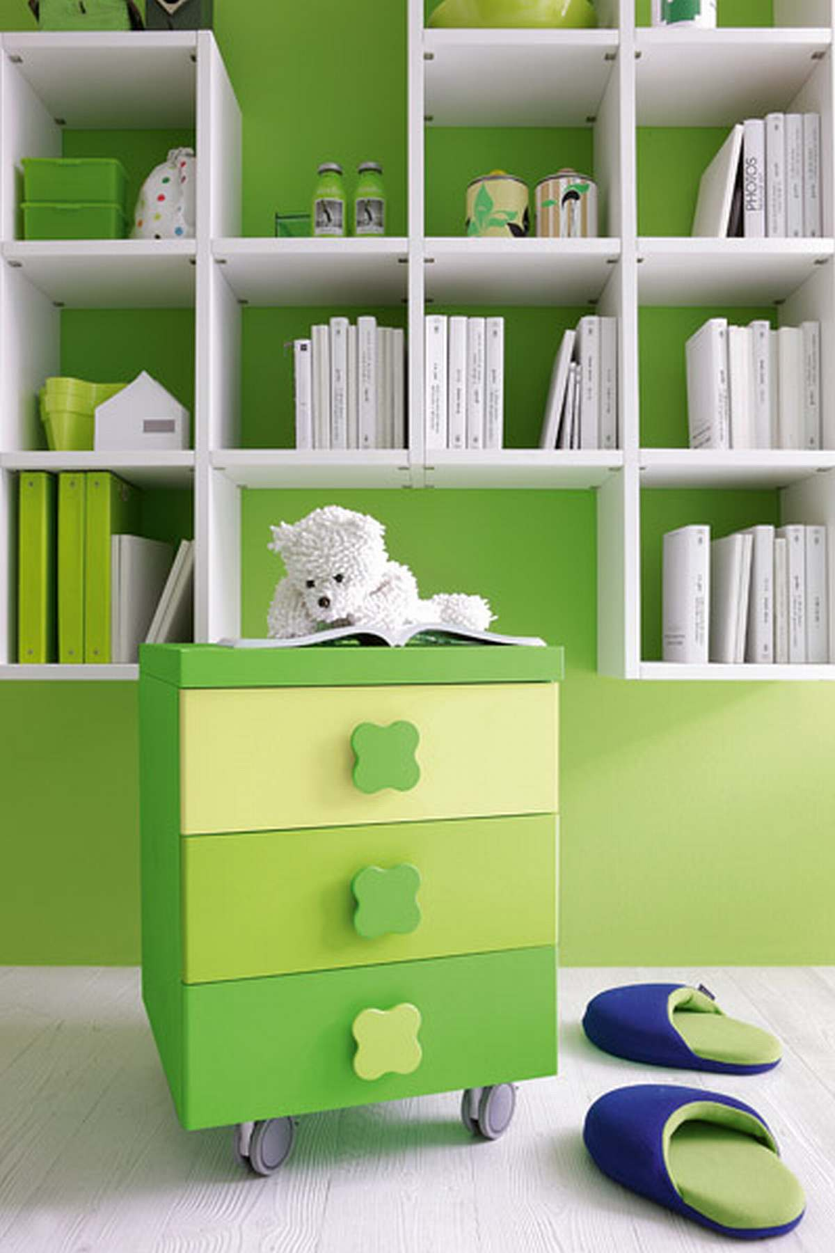 green cool kids furniture