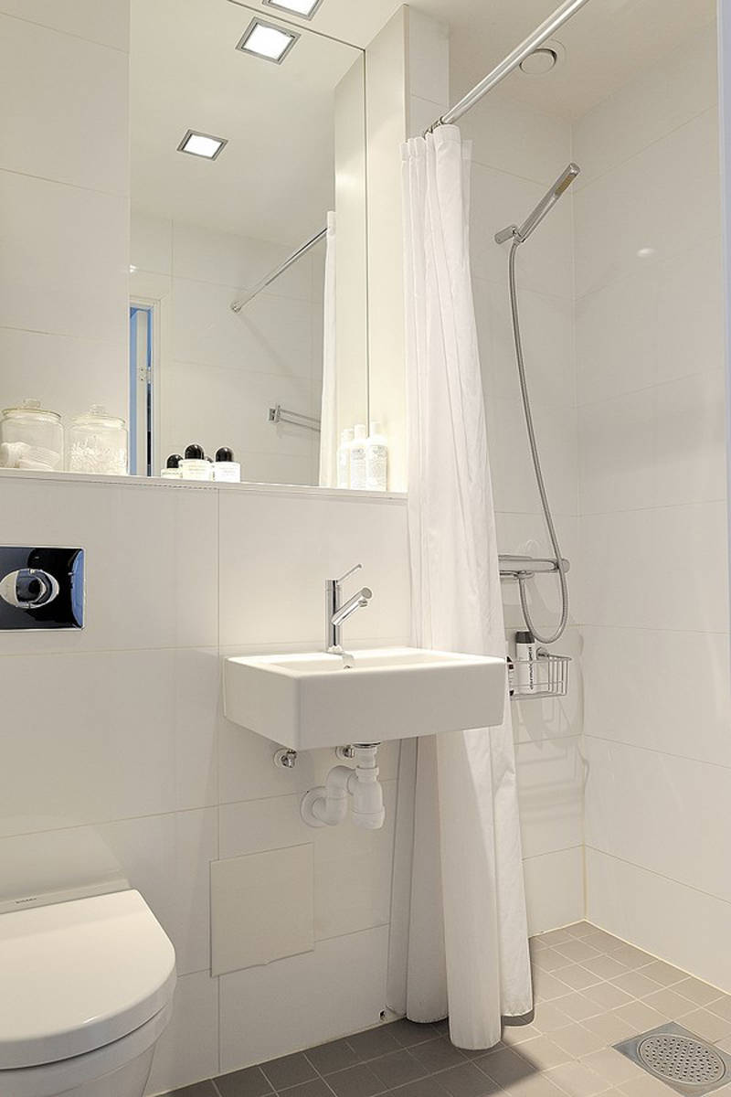 Simple bathroom design 10 actual home actual home for Toilet and bath design small space