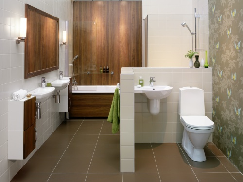 Choosing simple bathroom design for you actual home for Simple bathroom layout