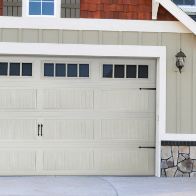 How To Choose The Right Garage Doors